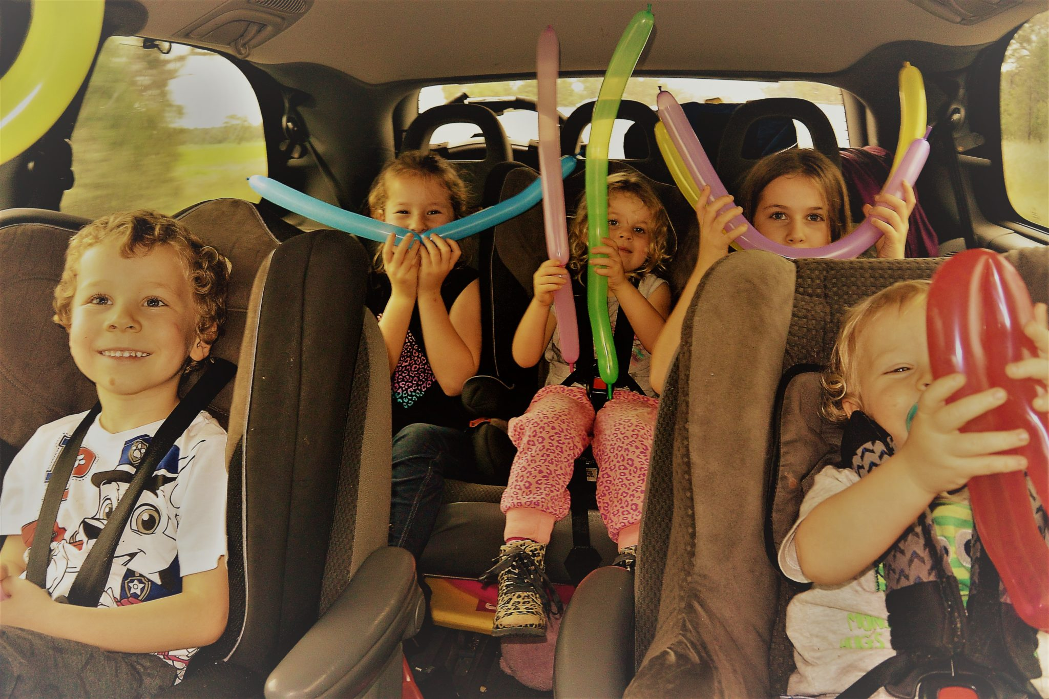 Road Trip With Kids Tips To Keep Kids Happy Parents Sane Seven Wanderers Family Travel Blog World Travel With Kids